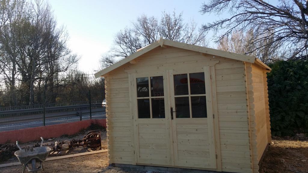 Abri de jardin le havre 9m en bois en kit sans mezzanine for Entretien de jardin le havre
