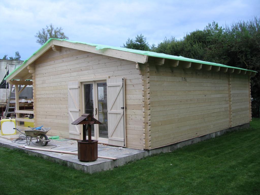 Chalet Habitable De 67 M Une Terrasse Couverte D En Bois En Kit