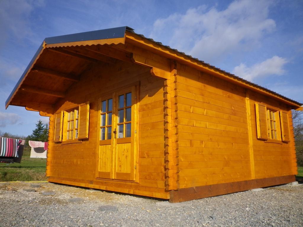 Chalet habitable annecy 30m en bois en kit for Chalet en bois habitable