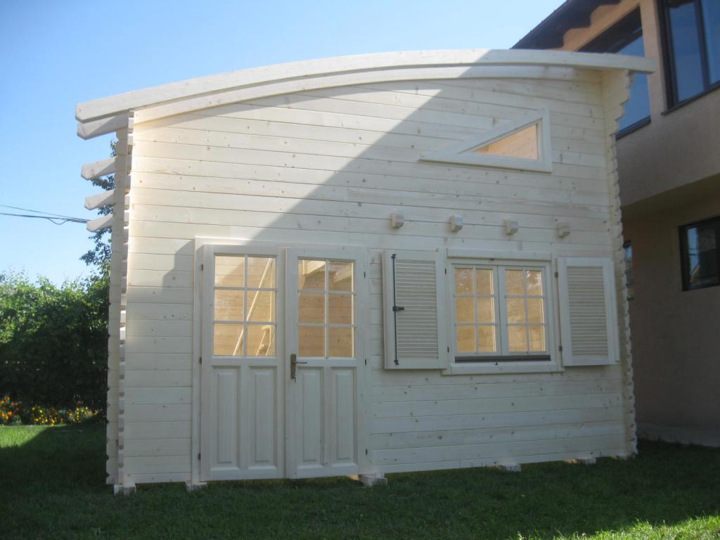 Chalets habitables en bois en kit avec mezzanine for Chalet en bois solde