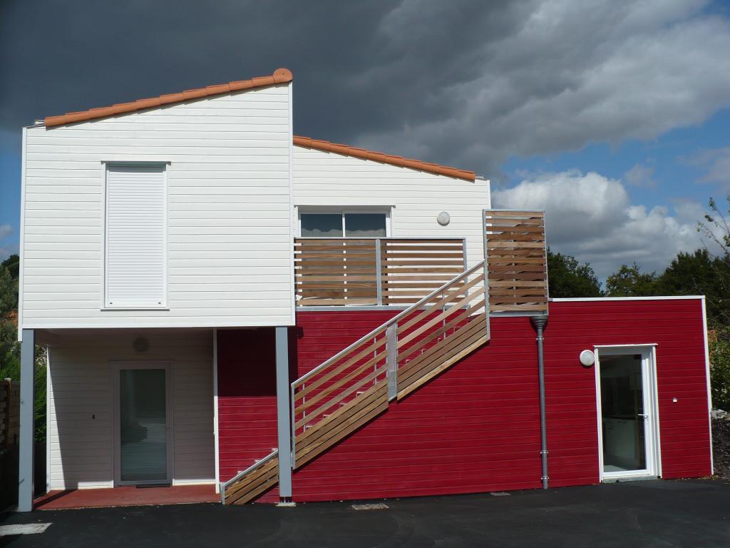Photo maison ossature bois construction bois pour for Bois pour construction