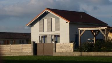 Photo Constructeur maison bois écologique dans l'Ain 01,