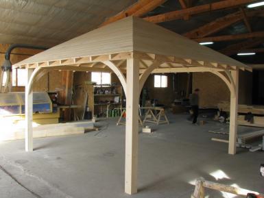 Kiosques bois sans permis de construire for Surface construction sans permis