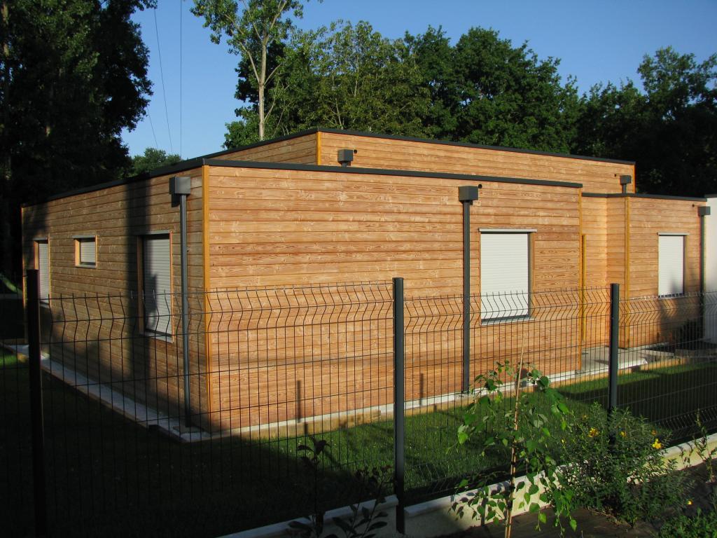 Maisons bois avec bardage douglas for Bardage maison bois