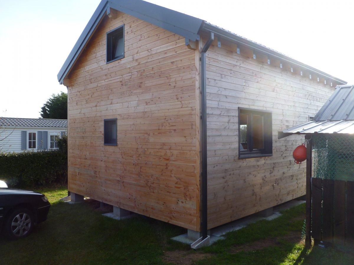 construction maison bois bretagne id e int ressante pour la conception de meubles en bois qui. Black Bedroom Furniture Sets. Home Design Ideas