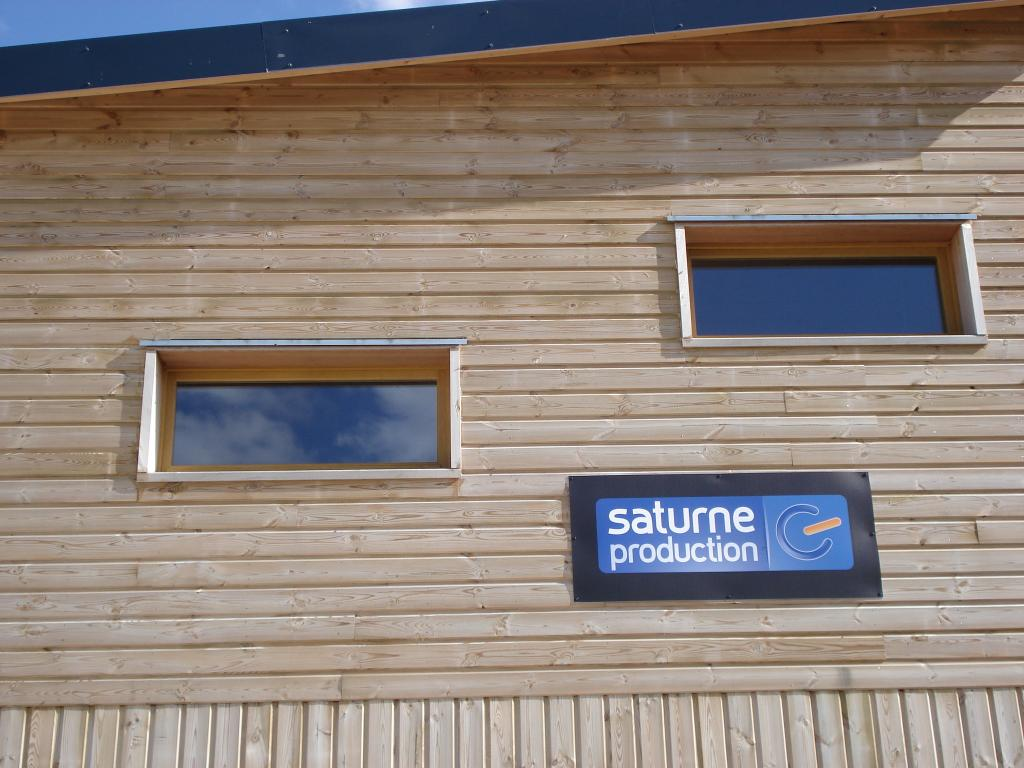 Photo suppl mentaire maison ossature bois construction bois locaux professionnels seine et for Construction en bois sur mesure