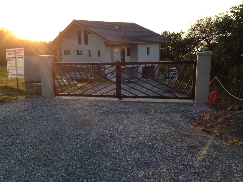 Photo suppl mentaire maison ossature bois rh ne alpes for Construction chalet bois 05