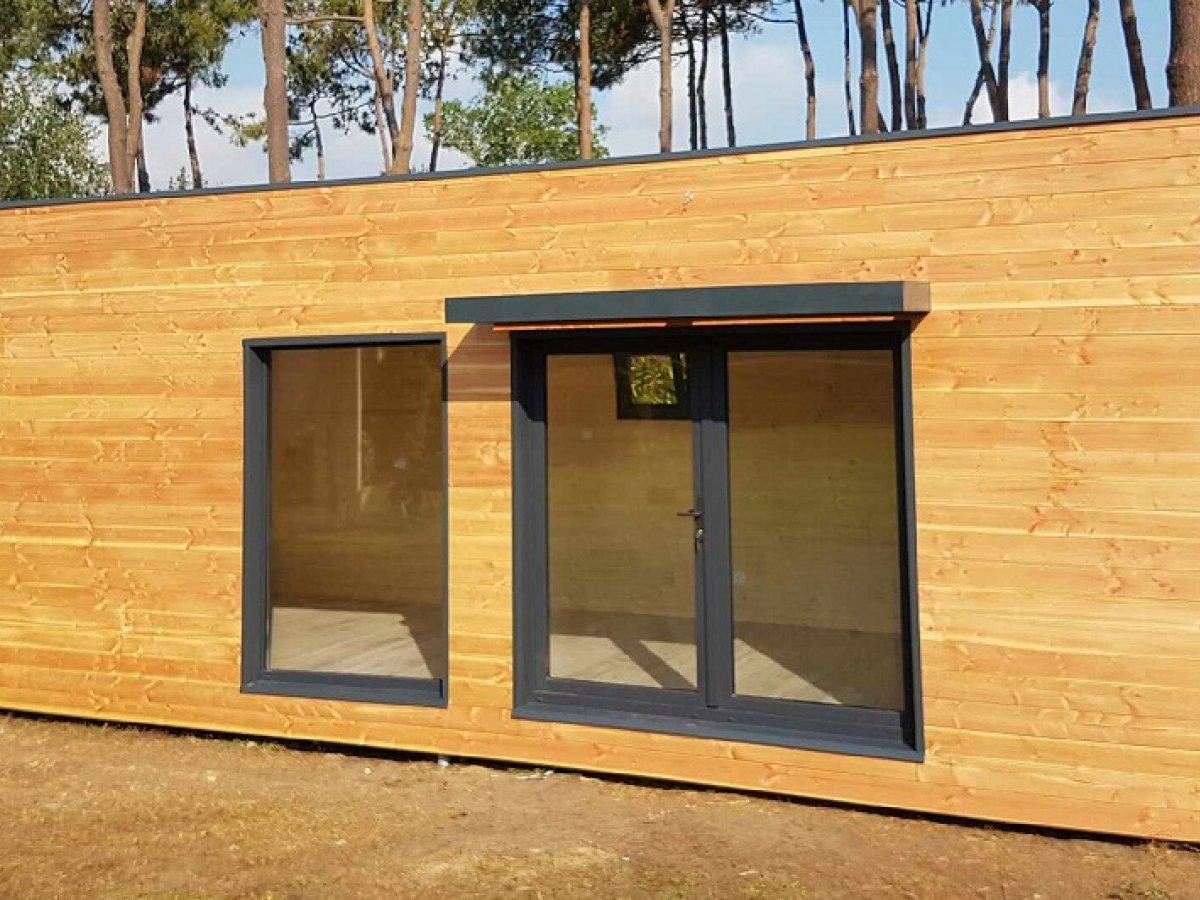 studio de jardin avec ossature bois evry 20 m 25900. Black Bedroom Furniture Sets. Home Design Ideas