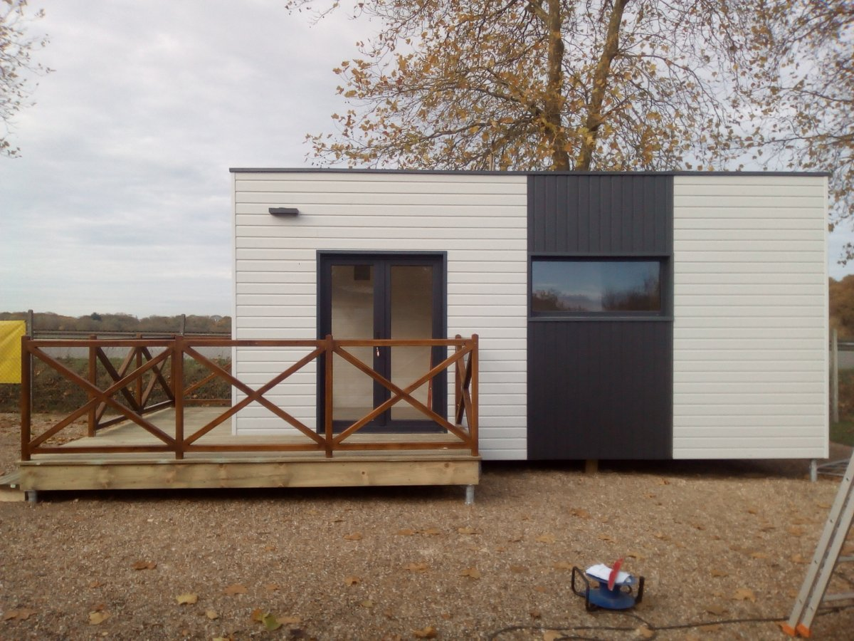 Photo Studio bois sans permis à Paris. Modèle expo studio de jardin Paris