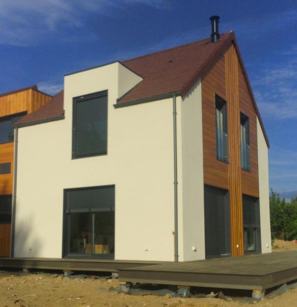 Maison en bois avec un cr pi ext rieur for Crepi exterieur