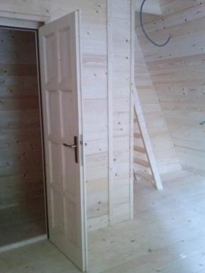 tipis en bois. Black Bedroom Furniture Sets. Home Design Ideas