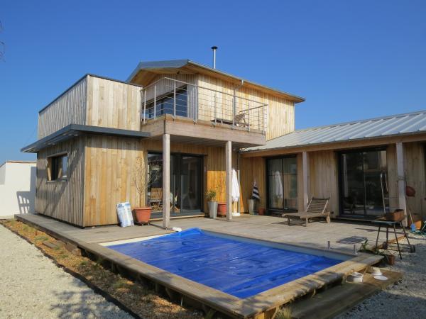 Constructeur maison bois france maison passive et maison for Constructeurs de maisons en bois 06